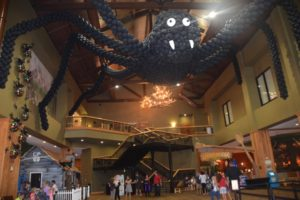 Great Wolf Lodge Holiday Spooktacular spiders everywhere