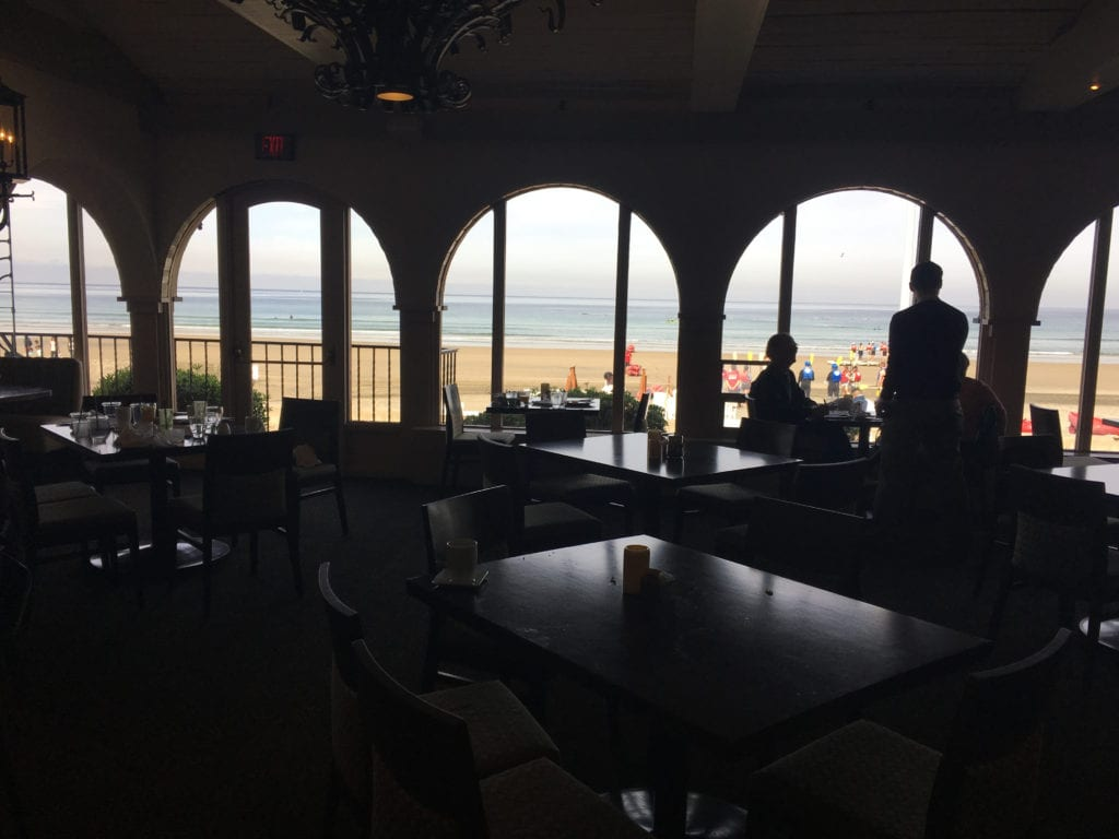 La Jolla Shores Hotel, The Shores Restaurant