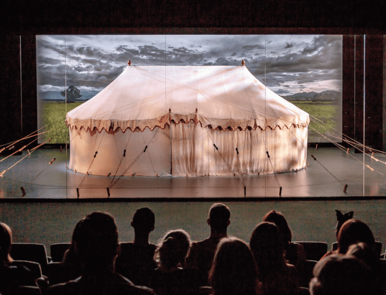 Multi-media presentation with Washington's tent as the main character - © Museum of the American Revolution