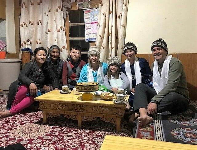 volunteer family travel to India