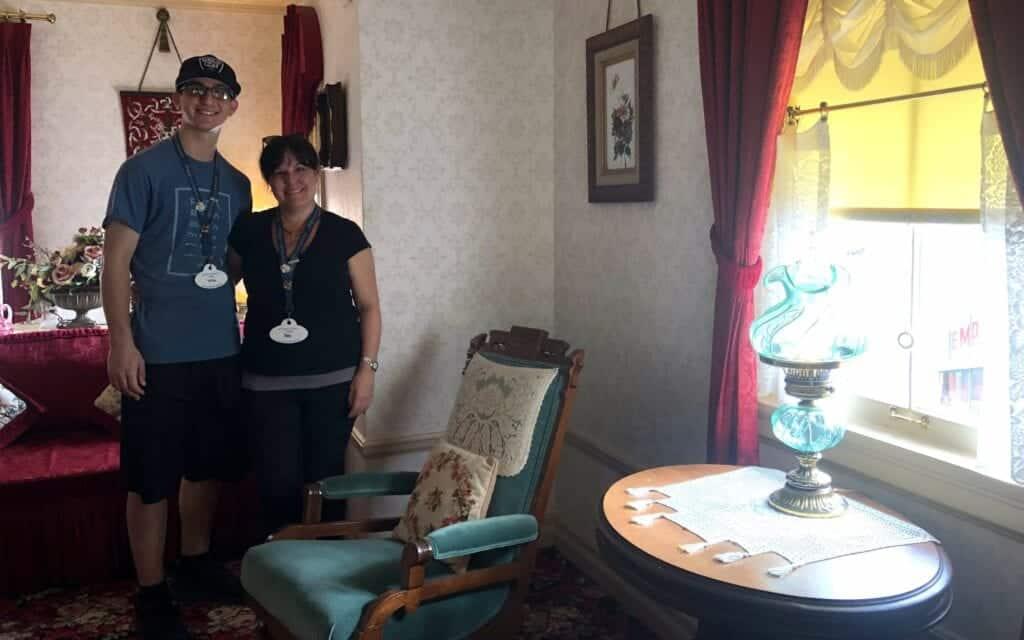 Inside Walt's apartment - Photo by Christian Cruz