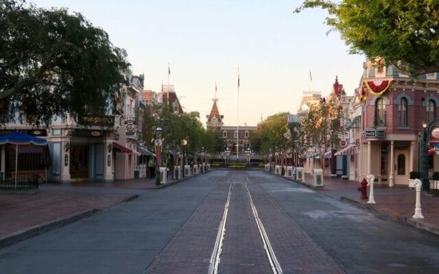 Good Morning, Disneyland!