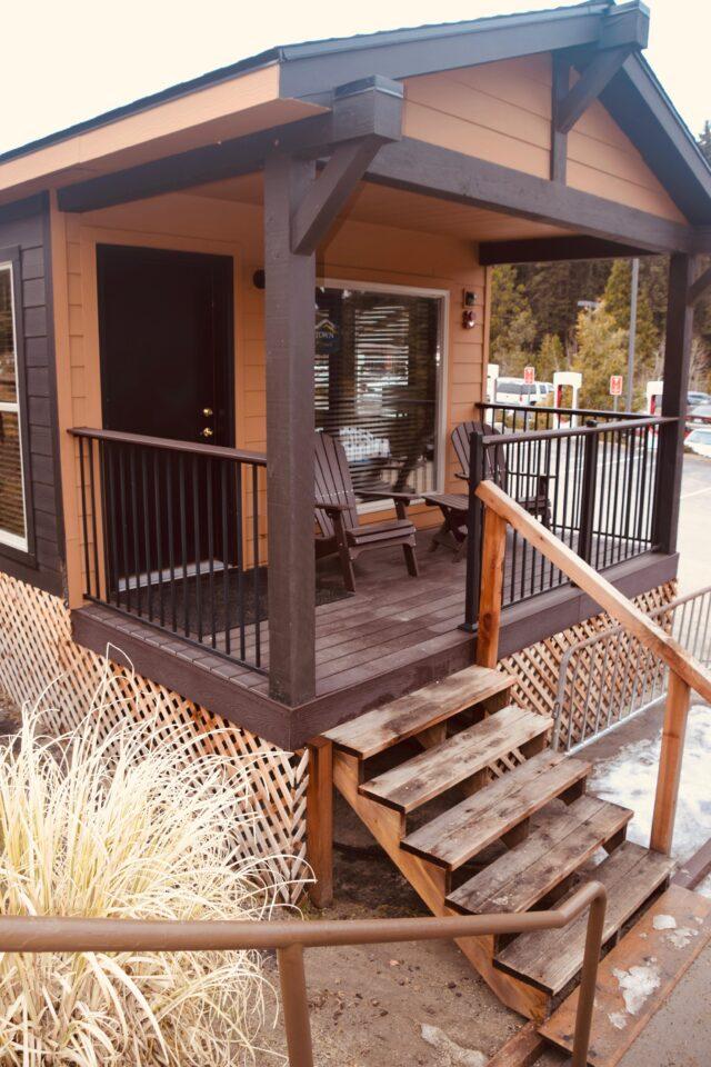 Tenaya Lodge at Yosemite Explorer Cabin