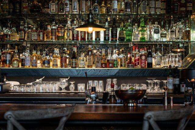 loyalist chicago bar