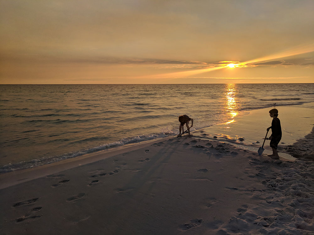 Four Spots on the Gulf Coast for A Low-Key Family Vacation
