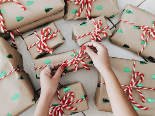 Perfect Holiday Gifts for Family Travelers