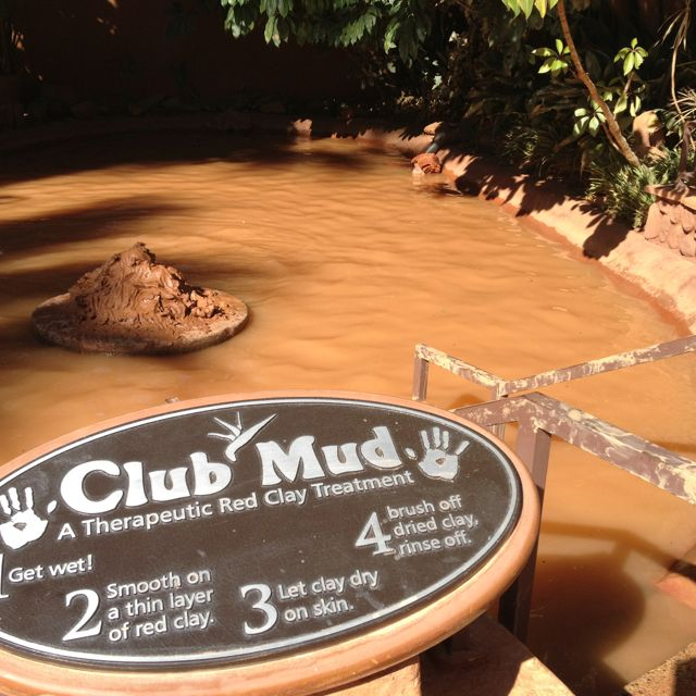Club Mud - Glen Ivy Hot Springs Los Angeles day trip with girl friends