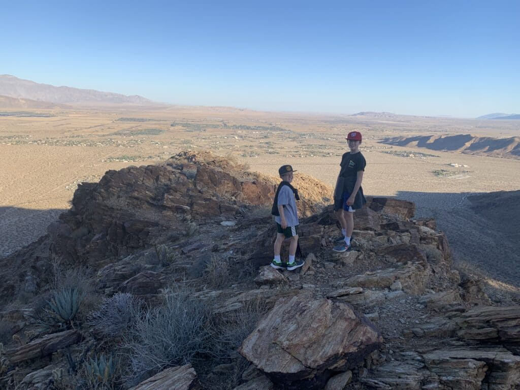 Desert Hiking in Palm Canyon BORREGO springs for family fun with kids!