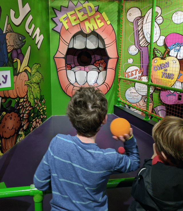 BodyQuest throwing game - Best museums in Nashville for Kids