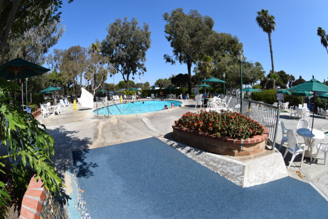 hot tub and pools at campland on the bay