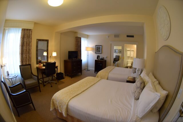 The cream colored room - The beautiful coastal city of Santa Barbara has lots of fun adult activities but there is a lot of fun to be had in Santa Barbara with kids!