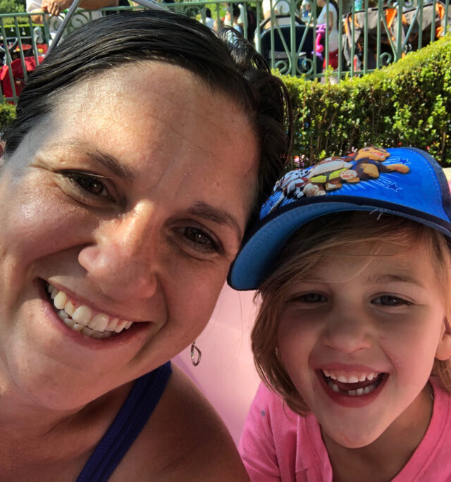 Travel tips for helping kids with vacation anxiety. A mom with her daughter.